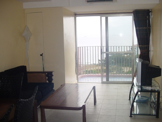 mactan-condo-133-balcony2