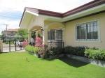 mactan-house-214-front-lawn4