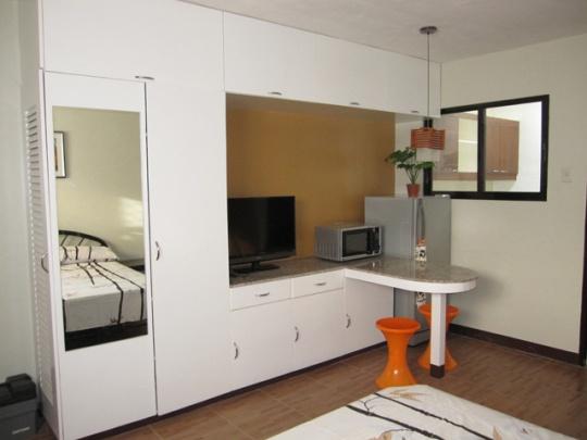 Mactan-Bougainvillea-apartment23-cabinet
