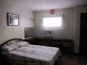 Mactan-Bougainvillea-apartment23-desk