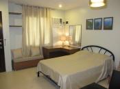 Bougainvillea-2116-desk