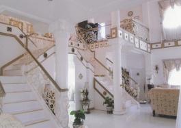 Mactan-house-263-stairs