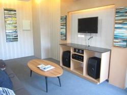 Amisa-karaoke-room-vu2