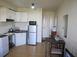 Avida-Cebu-condo-1704-kitchen-dining