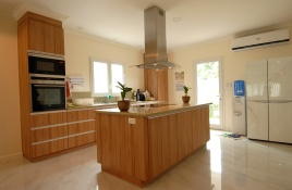House266-kitchen