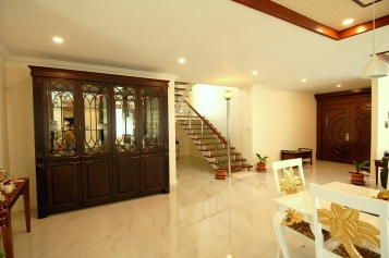 House266-stairs-up