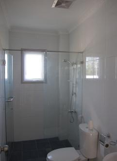 FLR-house-267-bath2