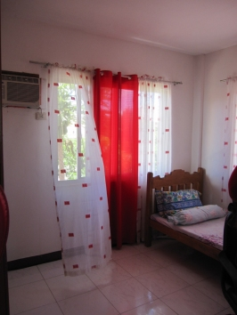 mactan-house-269-bedroom2