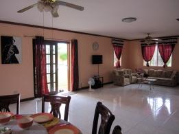 mactan-house-294-living