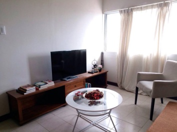 Cebu-condo-304-livingb