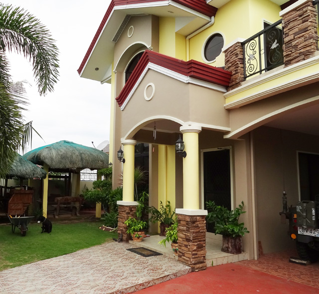 Pacific City Beach House Rentals: For Sale 4BR 3TB Mactan House 319 With White Sand Beach
