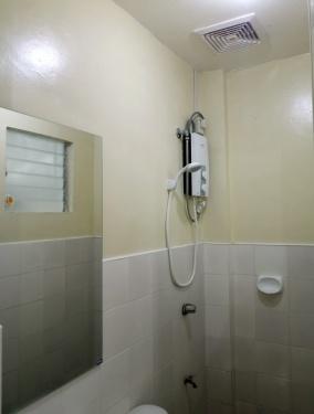 Bougainvillea-apartment-39-bath