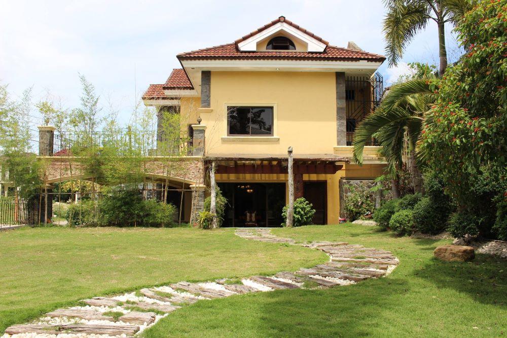 Mactan House 523 for rent